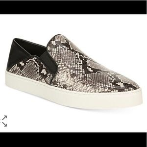 🌟 VINCE CAMUTO Women's Garvey Slip-On Sneakers